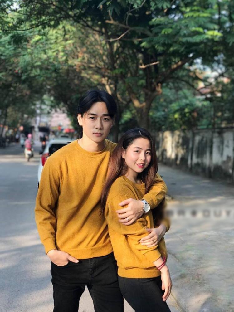 Công việc và sự nghiệp sớm ổn định, năm 2015, Ba Duy bất ngờ khiến bao fan nữ nuối tiếc khi lên xe hoa cùng Nam Thương - cô gái xinh đẹp đến từ Đại học Sân khấu Điện Ảnh và kém Ba Duy 5 tuổi.