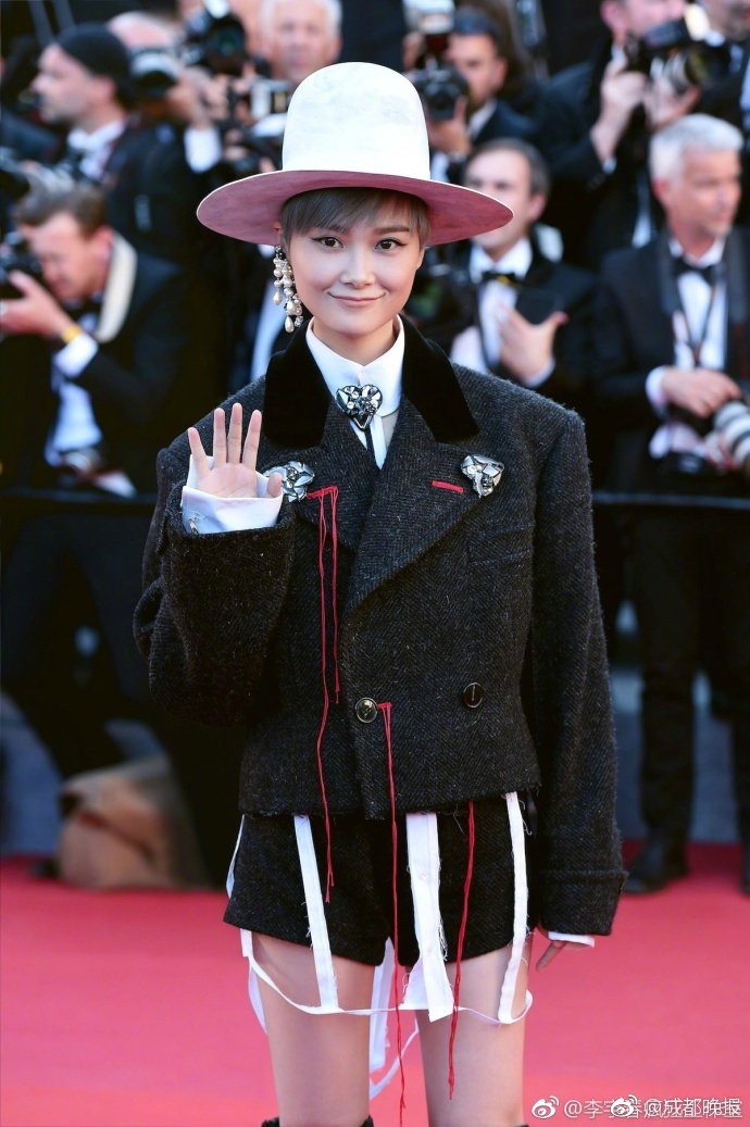 Thảm đỏ Cannes: Đừng chỉ tập trung vào Phạm Băng Băng mà bỏ quên nhân vật không phải dạng vừa này
