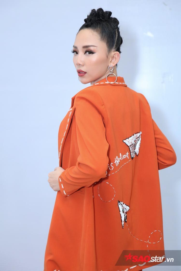 Bộ tứ HLV rạng rỡ cùng Hoài Lâm, Soobin tại hậu trường ghi hình Chung kết 1 The Voice