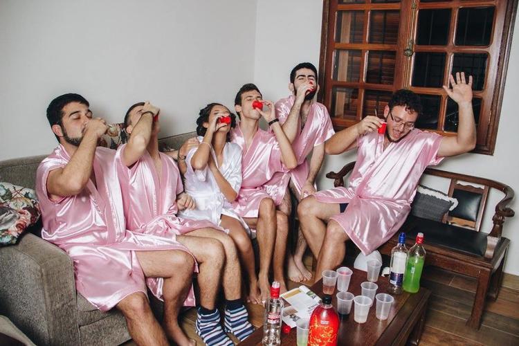 """""""Quẩy"""" vào đêm tiệc độc thân cùng đám bạn thân chẳng có gì phải e dè cả."""