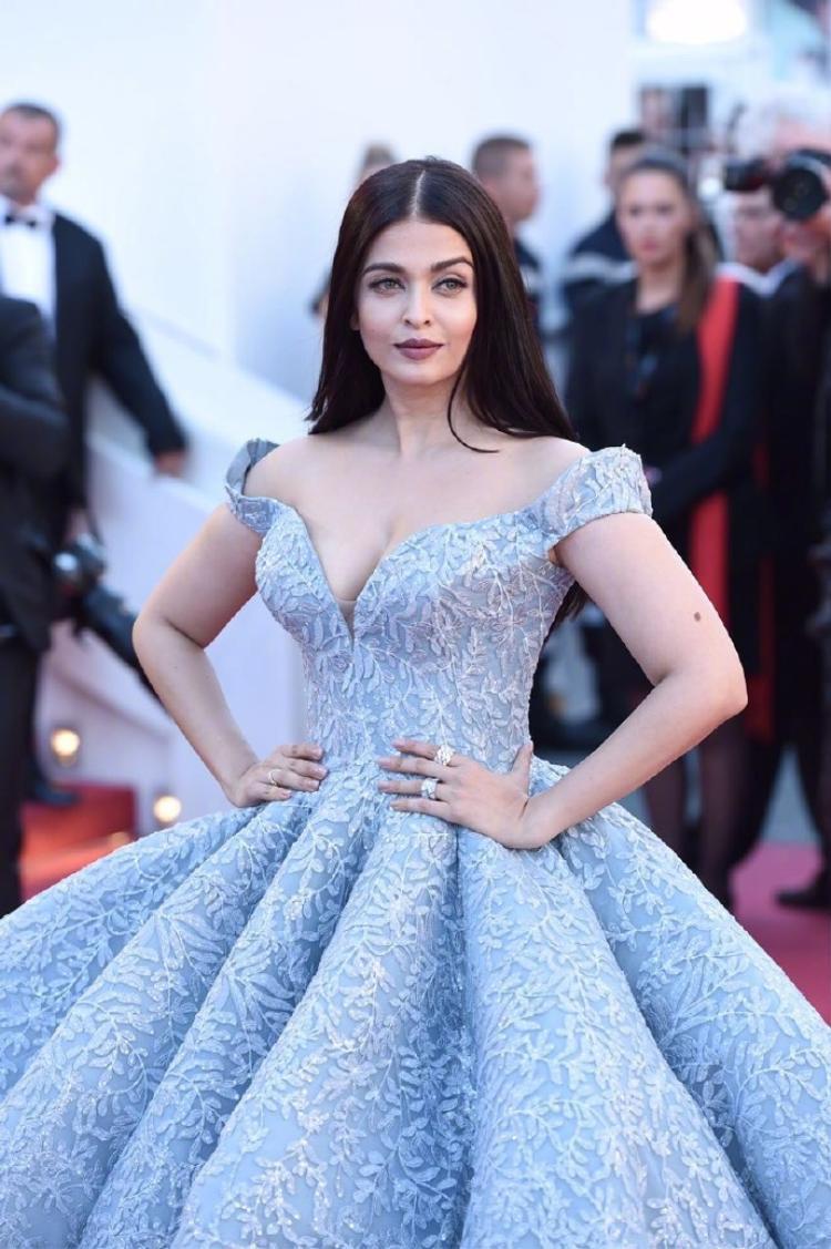 Hiện, cô là diễn viên có cát-sê cao nhất Ấn Độ.