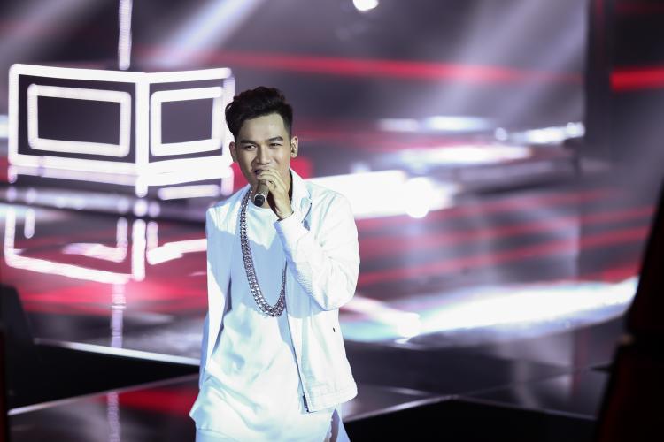 The Voice 2017: Ali Hoàng Dương tiết lộ không dám đến gần Đông Nhi vì sợ Ông Cao Thắng