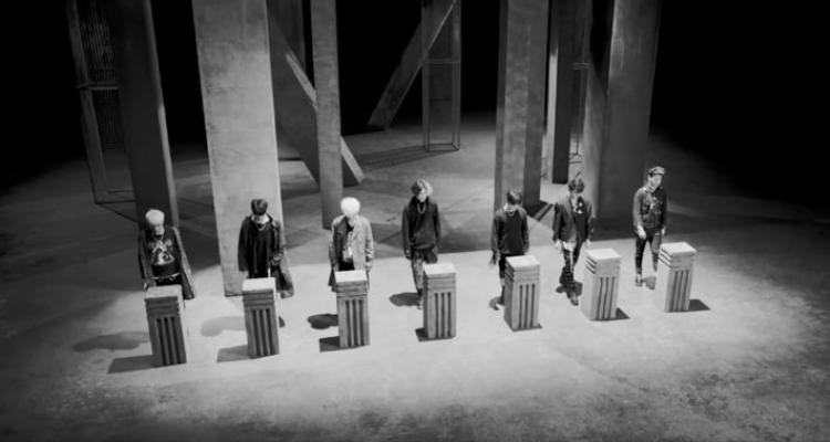 Hình ảnh iKON trích từ teaser MV B-DAY.