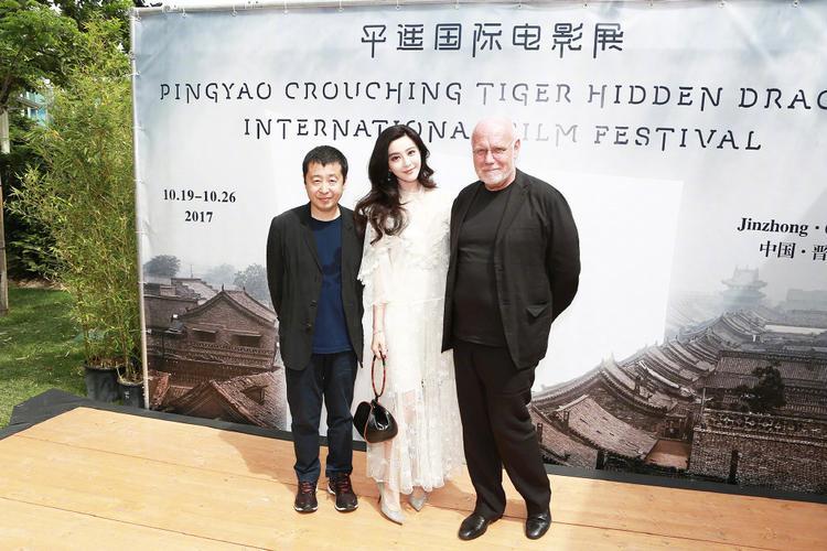 Với sức mạnh từ thương hiệu cá nhân, nữ diễn viên Võ Mị Nương truyền kỳđóng vai trò không nhỏ trong việc mang hình ảnh quốc gia vươn xa ra thế giới.