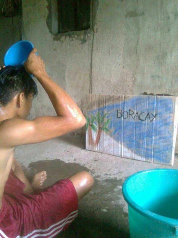 Bức ảnh gây bão mạng xã hội Phillipines những ngày vừa qua.