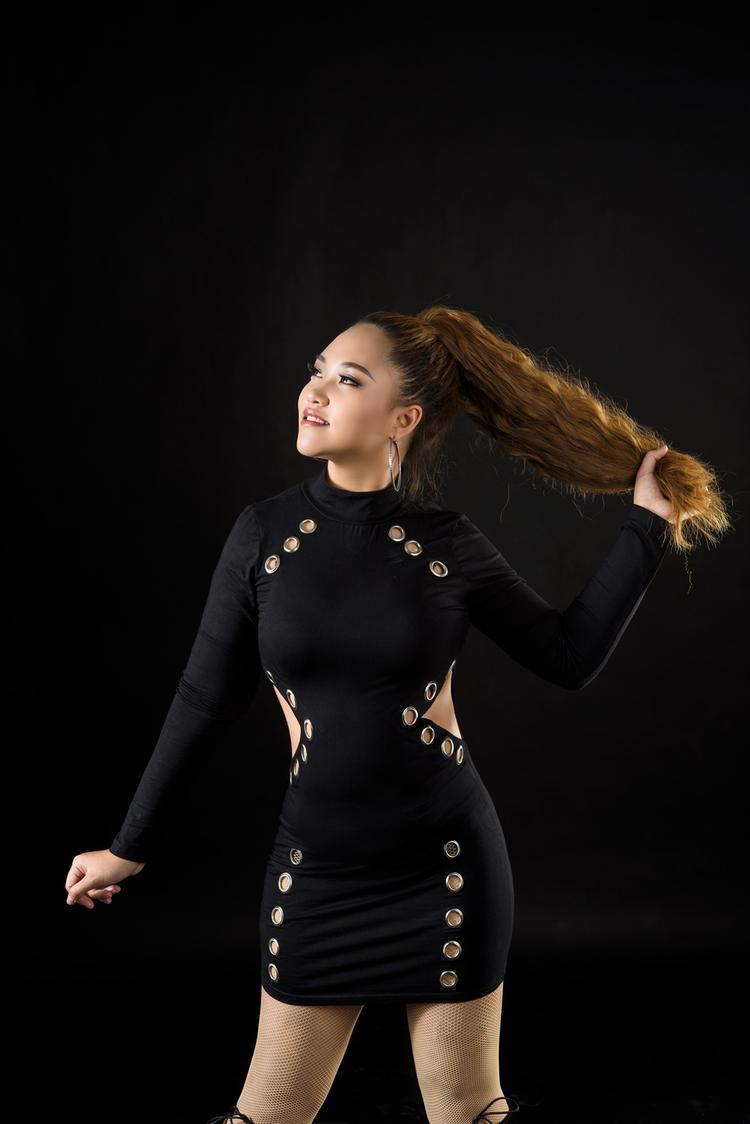 Trong tương lai Hồng Ngọc sẽ thực hiện những sản phẩm âm nhạc mang tính giải trí nhưng vẫn đảm bảo yếu tố chuyên môn.