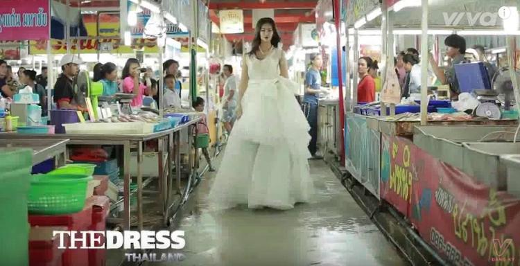 Thử thách trong chủ đề The Dress