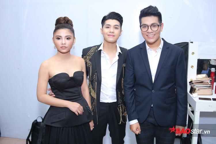 Noo Phước Thịnh bên cạnh học trò Hiền Mai và Anh Đạt.