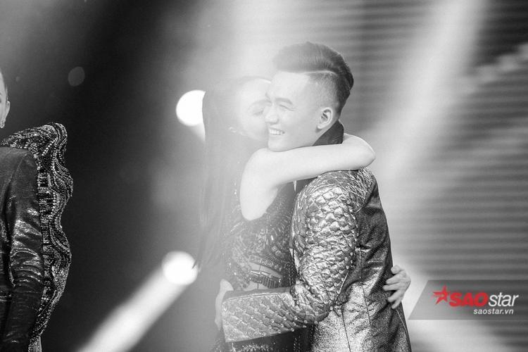 Chung kết The Voice 2017: Những khoảnh khắc đầy cảm xúc và đáng nhớ