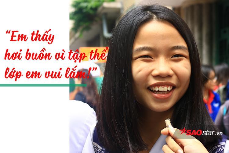 Cảm giác không còn là học sinh nữa khiến các bạn vừa vui, vừa buồn.
