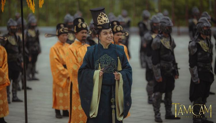 Sự duyên dáng của Jun Phạm được thể hiện rõ nét trong phim Tấm Cám: Chuyện chưa kể