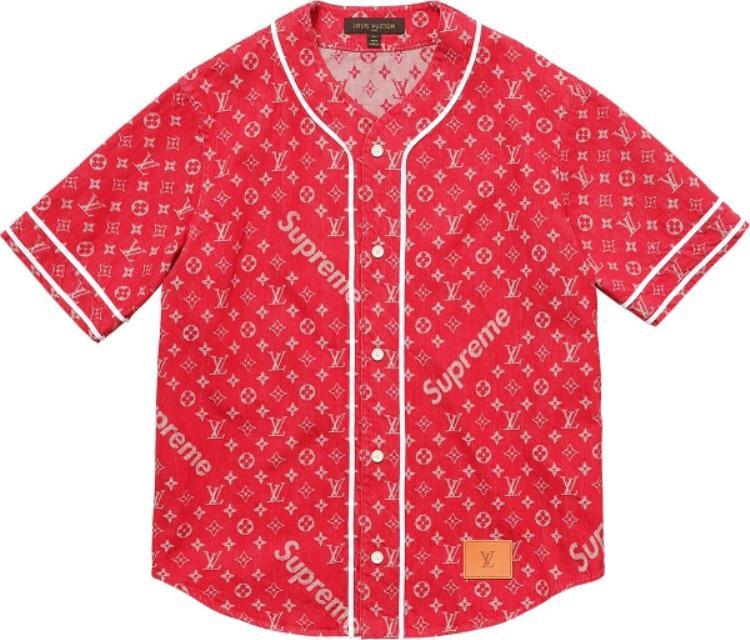 Đến thời điểm này, áo Baseball Shirtlà một trong item hotđược săn lùng, giá niêm yết19 triệu.