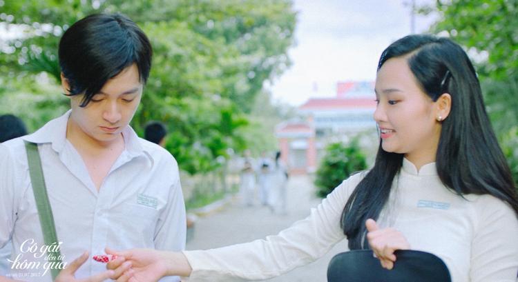 Bộ đôi ngồi nhầm lớp Miu Lê, Ngô Kiến Huy áp lực khi phải trẻ ngược 10 tuổi trong Cô gái đến từ hôm qua