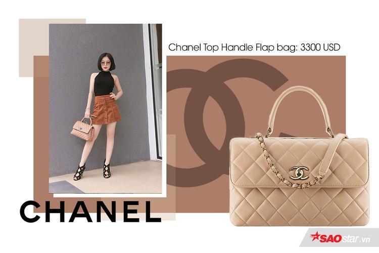 Chiếc túi Chanel thứ 3 có màu nude khá dễ thương và đáng yêu, mang tính ứng dụng cao trong cách mix&match với nhiều style khác nhau.Chanel Top Handle Flap Bag giá 3300 USD (75 triệu đồng)