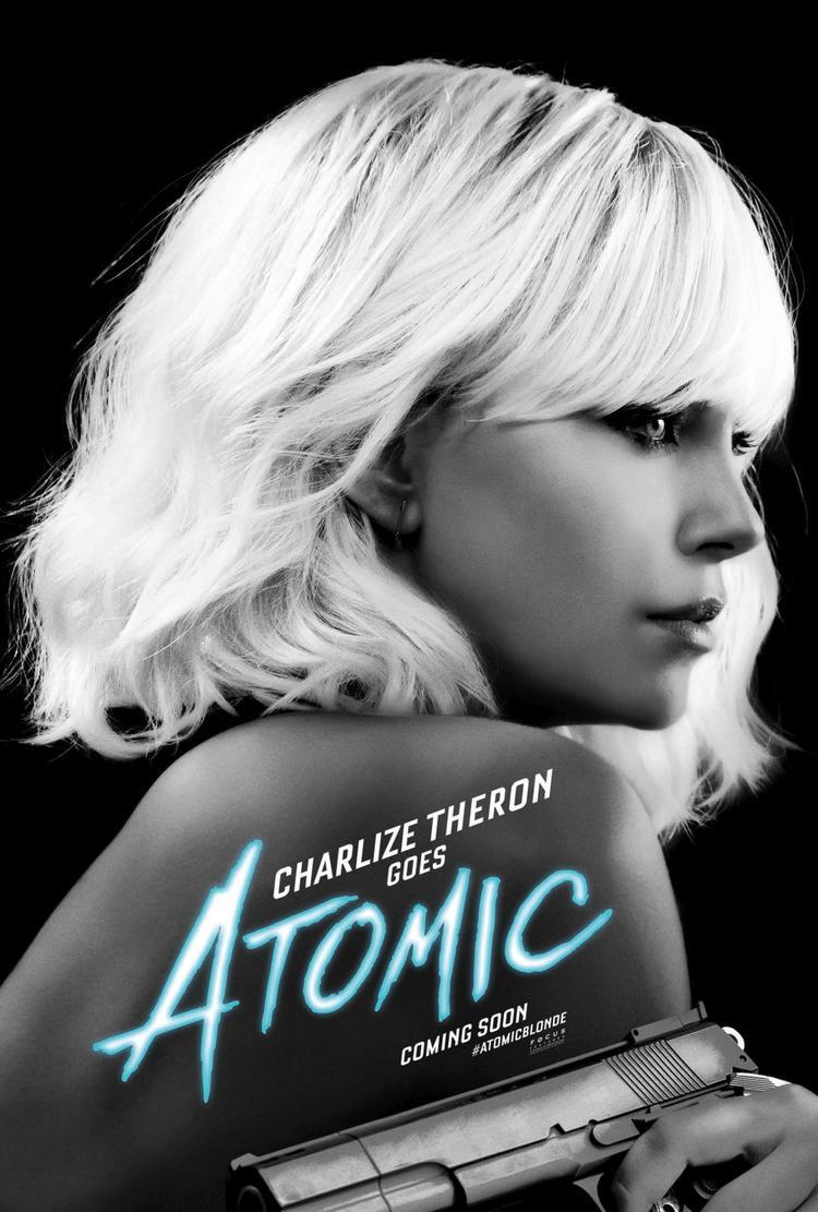 Poster phim thể hiện sự lạnh lùng của nhân vật mà Charlize Theron đảm nhận.