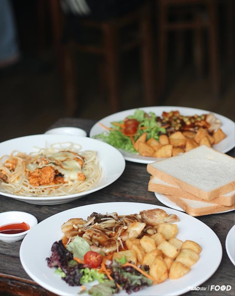 Liệu bạn đã biết đến quán Steak Gà duy nhất của Sài Gòn chưa?