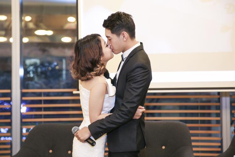 10 tháng yêu nhau, Quang Đăng  Thái Trinh khiến người khác ghen tỵ vì quá ngọt ngào