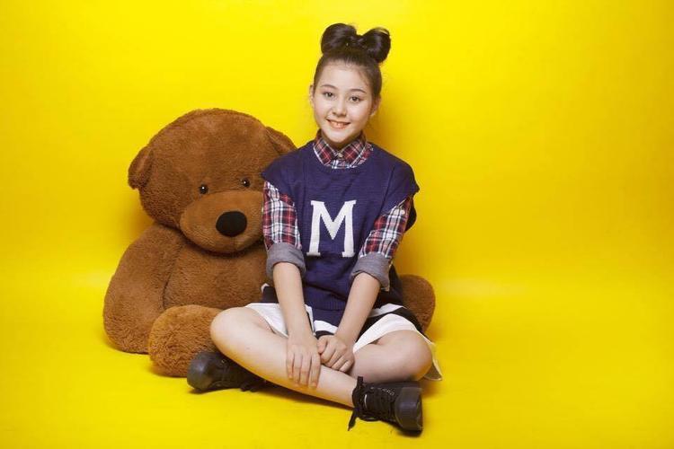 Nhật Anh làm quen với việc người mẫu khi mới 4, đến bây giờ cô nàng đã có hơn 11 năm kinh nghiệm.