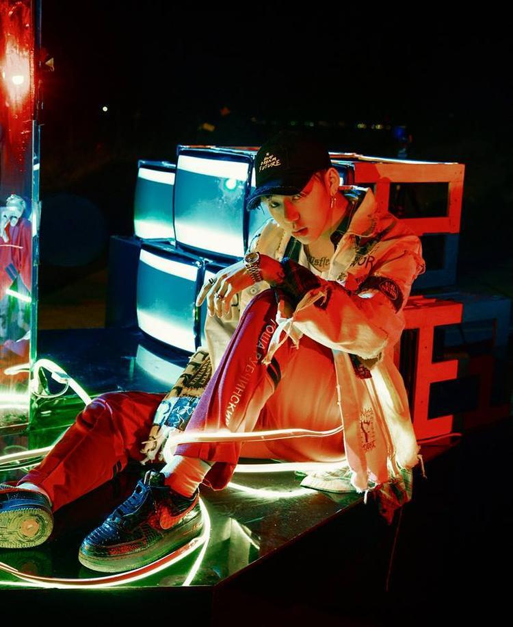 Hình ảnh Zico trong MV mới: ANTI.