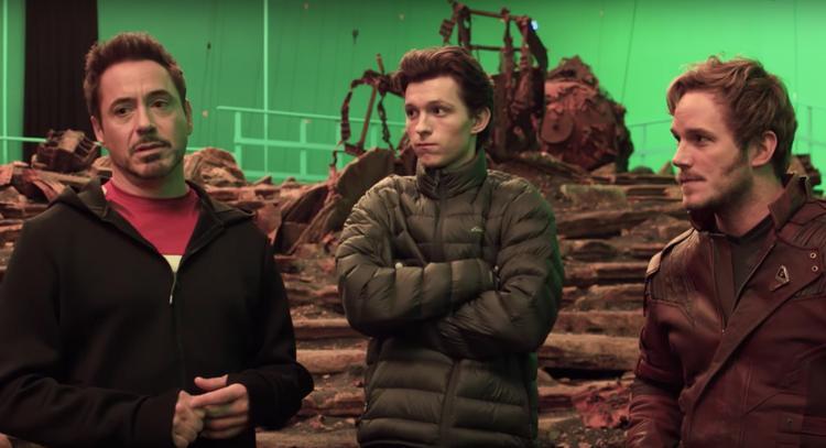… cùng với cậu học trò nhỏ Peter Parker của anh, và cả Star-Lord nữa chứ.