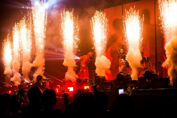 Tối nay (8/7), đêm diễn thứ 2 của G-Dragon tại Thái Lan và cũng là đêm cuối cùng sẽ tiếp tục diễn ra tại SVĐSVĐ Impact Arena.