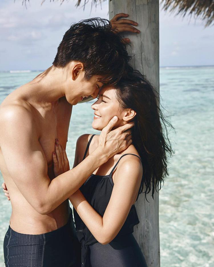 Cả hai được xem là cặp đôi trai tài gái sắc đẹp đôi nhất của điện ảnh Thái Lan.