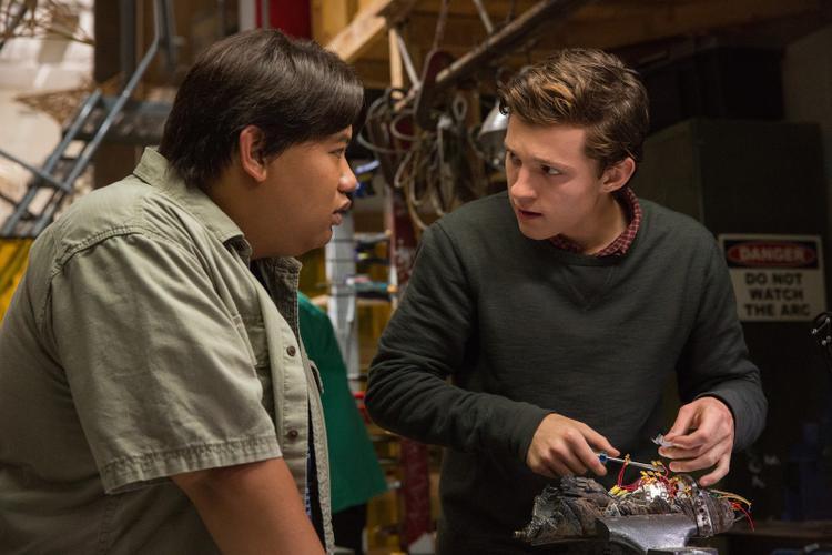 Người Nhện tuổi teen vượt mặt cả Iron Man và Captain America trong 3 ngày đầu công chiếu