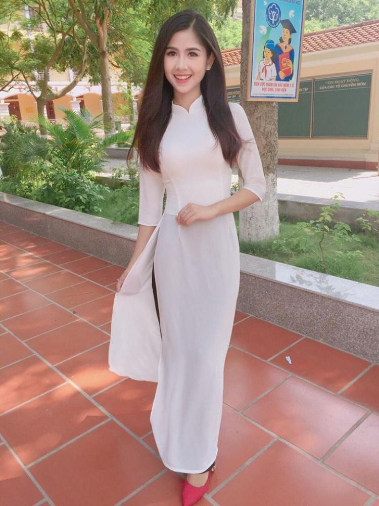 Thanh Thư thực sự ghi điểm trong top bình chọn của Miss Teen 2017 với vẻ đẹp mong manh.