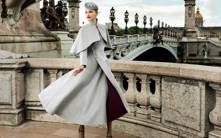 Đồng phục Haute Couture sang chảnh của Hainan Airlines xuất hiện trên sàn Paris Couture Week