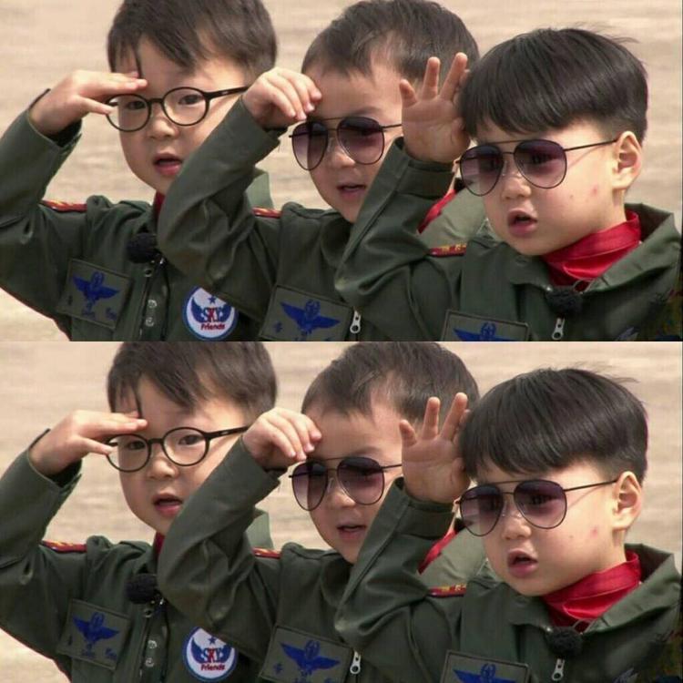 Đố ai nhập ngũ mà đáng yêu qua 3 nhóc này.