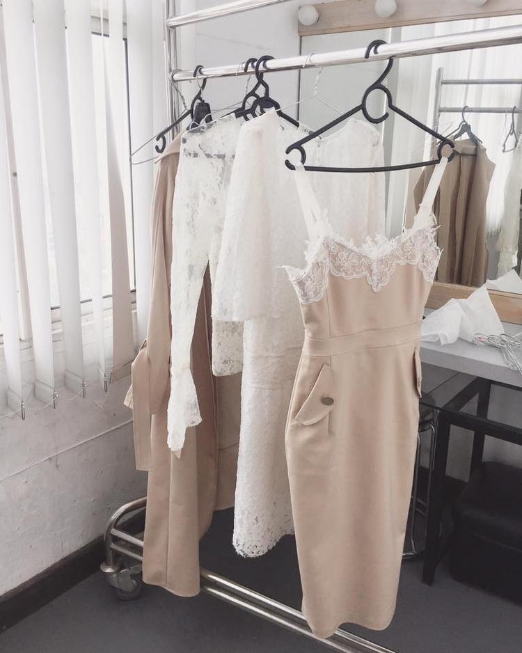 Thiết kế được bày bán trong shop thời trang của Vũ Ngọc Châm.