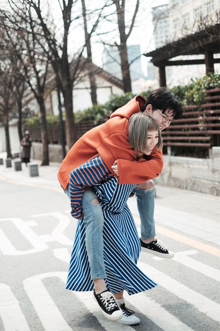 Hàng loạt thước phim tình cảm, đáng yêu của cặp đôi này được đạo diễn Hoàng Thành Đồng lột tả thành công.