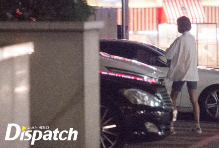 Lên tiếng phản bác tin đồn với Kangnam, UEE tẽn tò khi bị Dispatch tung ảnh hẹn hò trước cửa thang máy