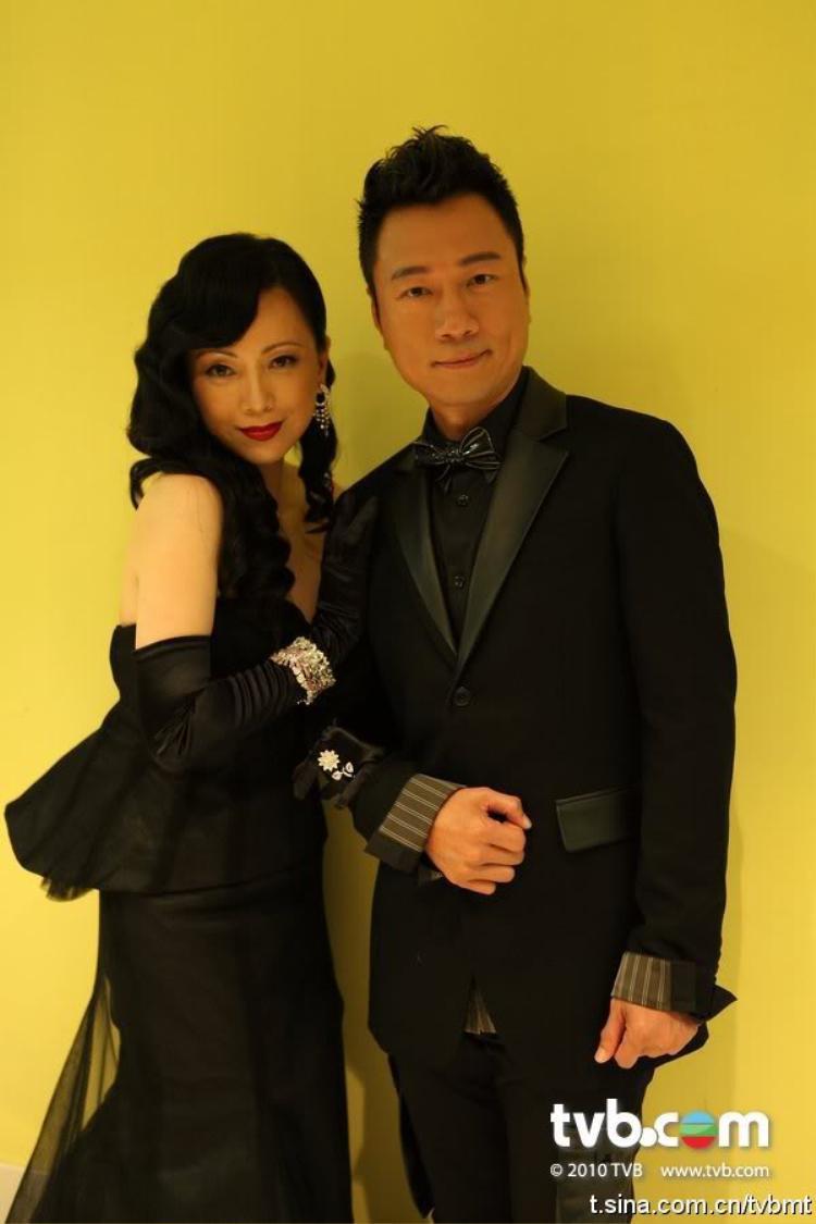 Đặng Tụy Văn và Lê Diệu Tường trong Lễ trao giải TVB 2010