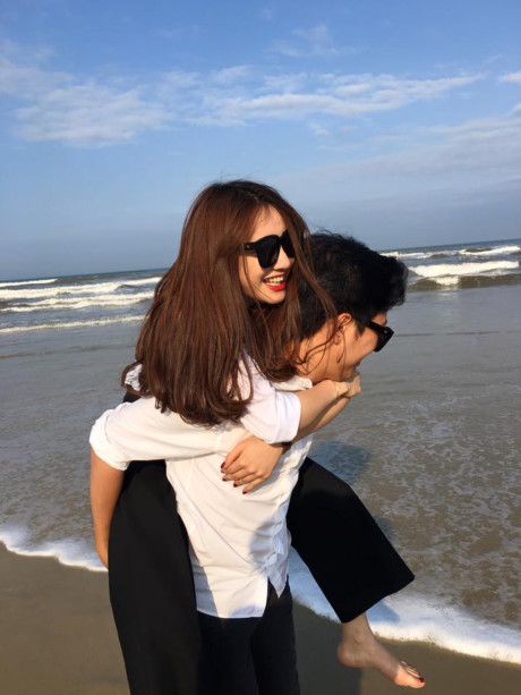 Trường Giang - Nhã Phương cũng là một trong những cặp đôi được fan ủng hộ và yêu mến hết mình.