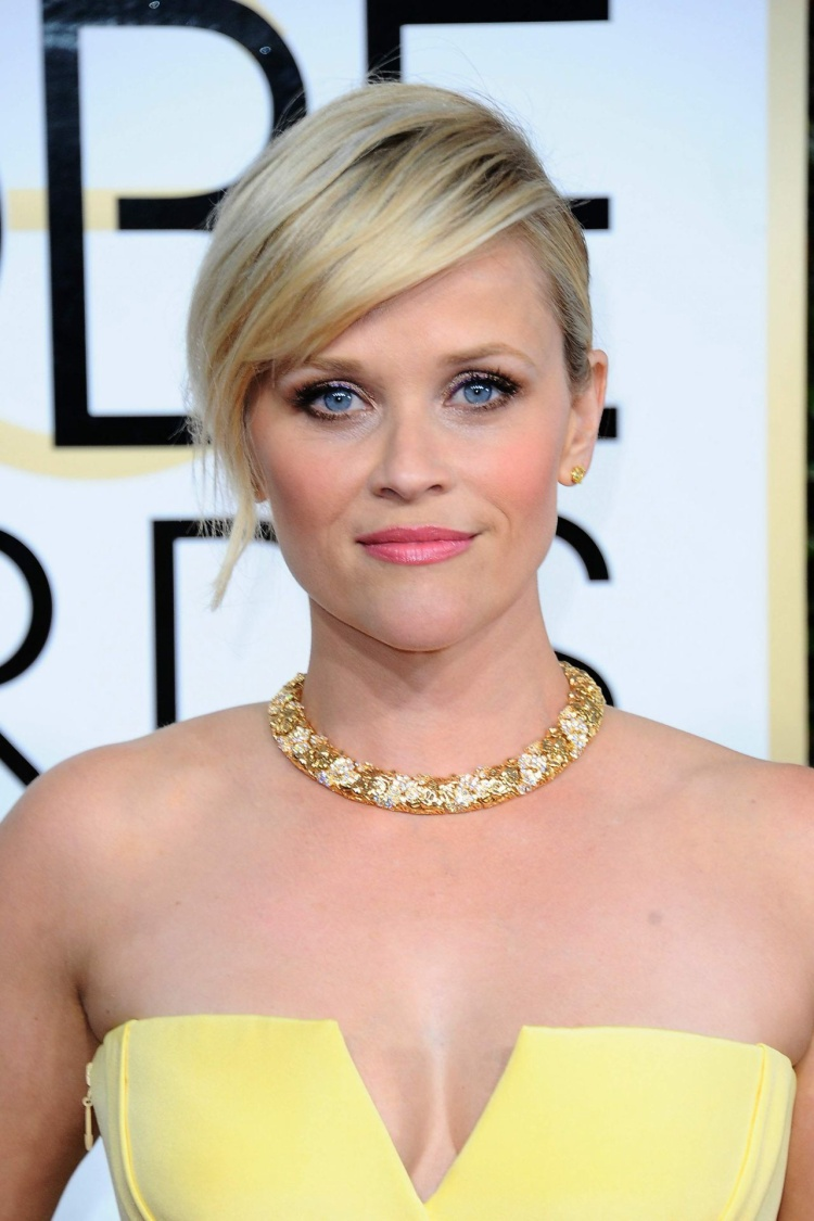 … cùng với Reese Witherspoon.