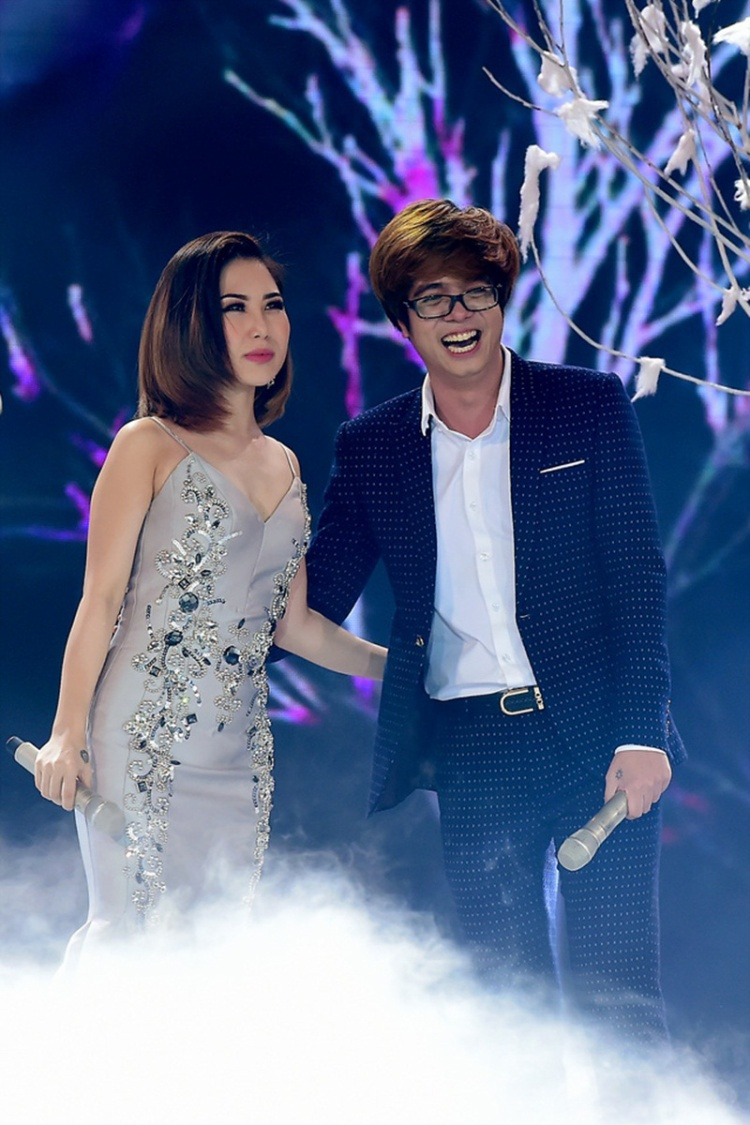 Nhắc về tình cũ, Hương Tràm hài hước: 'Bây giờ, tôi là chị gái của Bùi Anh Tuấn'