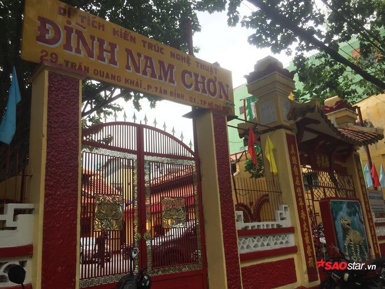 Nam Huỳnh Đạo vẫn đóng chặt cửa.