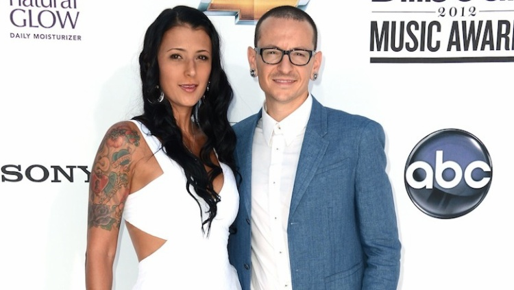 Talinda Ann Bentley  người vợ tào khang của ngôi sao nhạc rock Chester Bennington