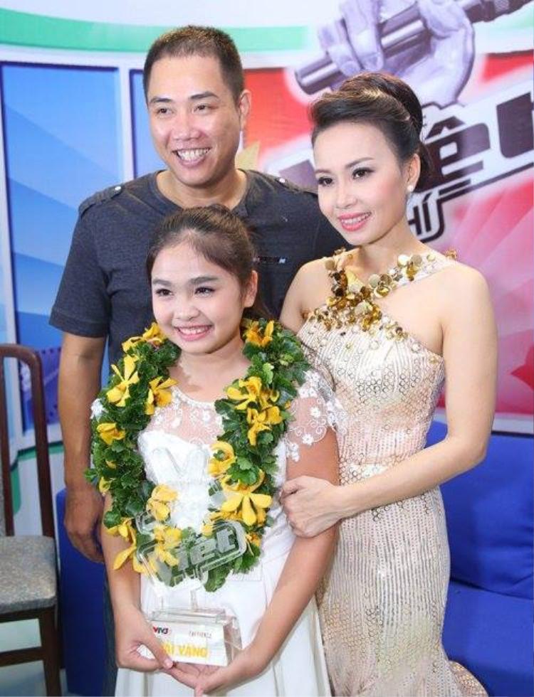 Bằng chính tài năng, học trò cưng của HLV Cẩm Ly đã xuất sắc trở thành Quán quân Giọng hát Việt nhí 2014.