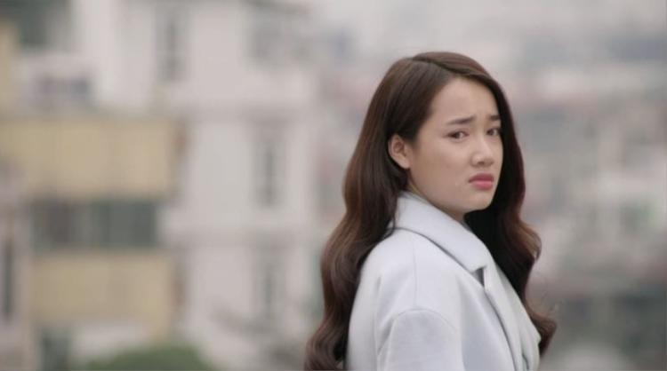 Hình ảnh rơi nước mắt quen thuộc của nữ diễn viên Nhã Phương.