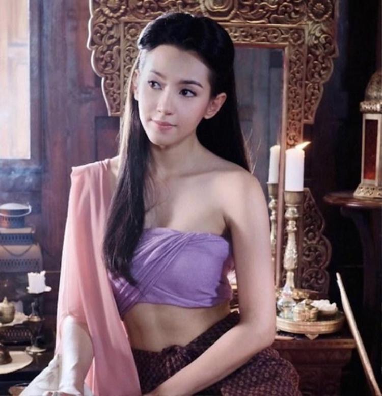 Nữ chính hiền lành, nhu nhược đến độ ngu ngốc khiến mọt phim Thái chán ngấy.