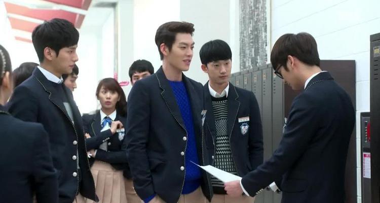 Những kiểu cậu ấm cô chiêu thường gặp ở phim học đường Hàn Quốc
