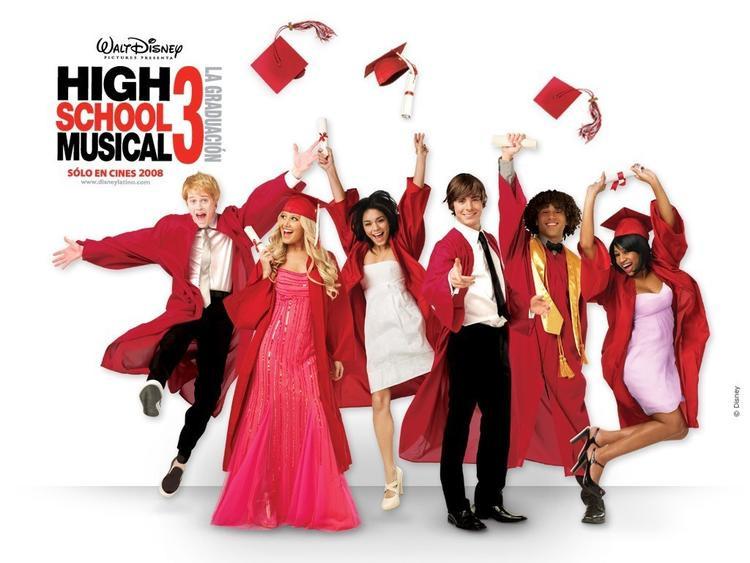 Đã gần 10 năm kể từ ngày họ tốt nghiệp…
