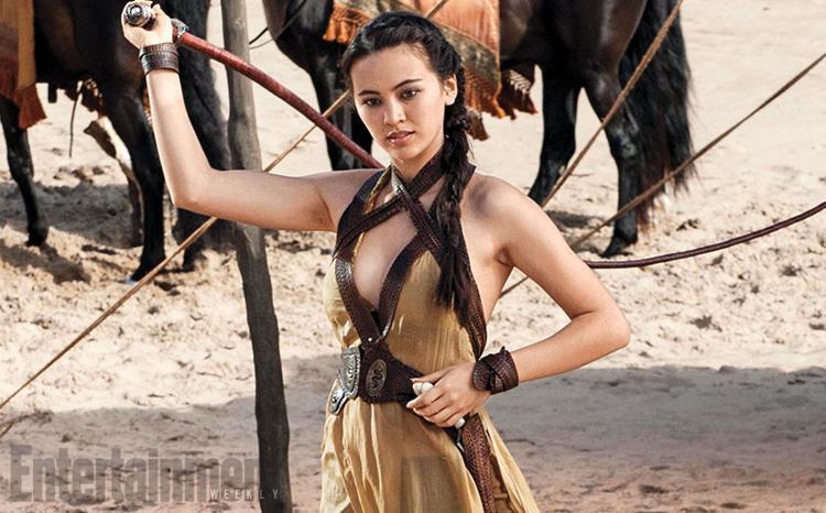 Nymeria với chiếc roi vũ khí.