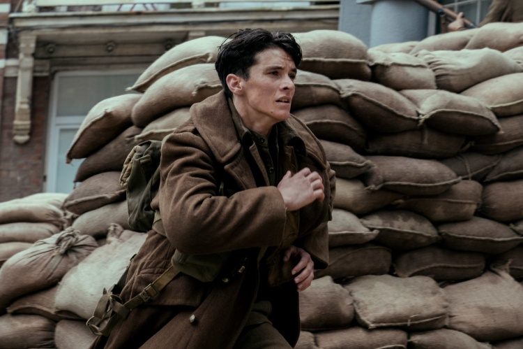 Dunkirk - một bộ phim chiến tranh thực sự mang tính nghệ thuật, thực sự mang tính chiến thuật