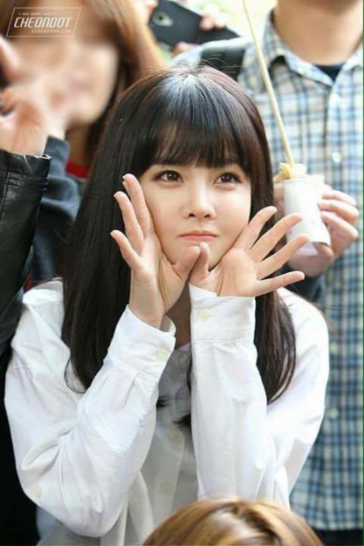 Gương mặt đáng yêu của cô nàng khiến nhiều người nhầm lẫn Boram là maknae của nhóm.