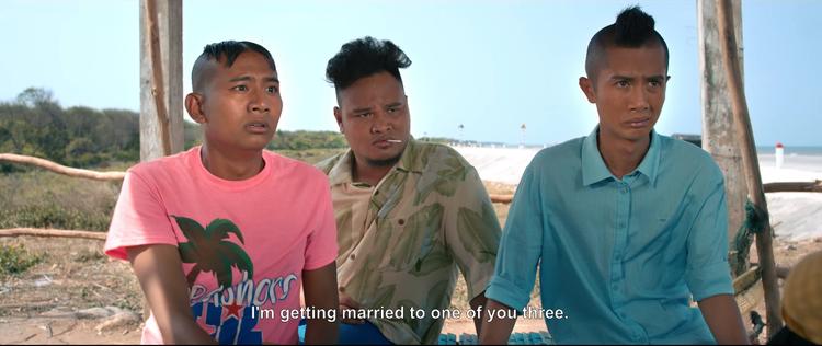 Diệu Nhi bị ba mẹ ép lấy chồng cho bớt tính đàn ông