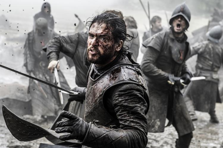 Jon Snow chiến đấu trong trận đánh Con Hoang.