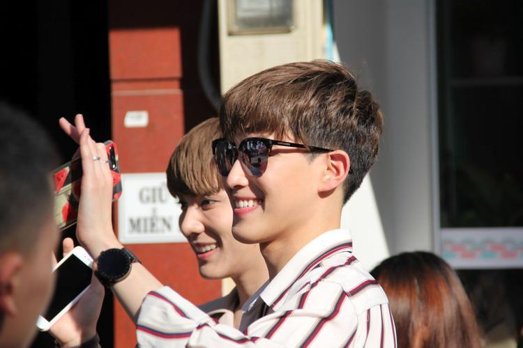Cả hai rất ấn tượng với fan Việt Nam.